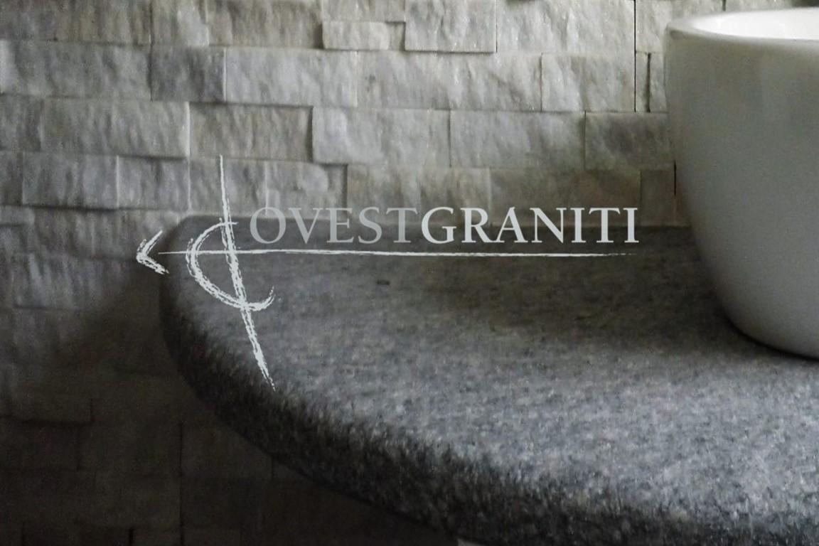 Bagno In Pietra Di Luserna : Ovest graniti piano fiammato bagni in pietra di luserna