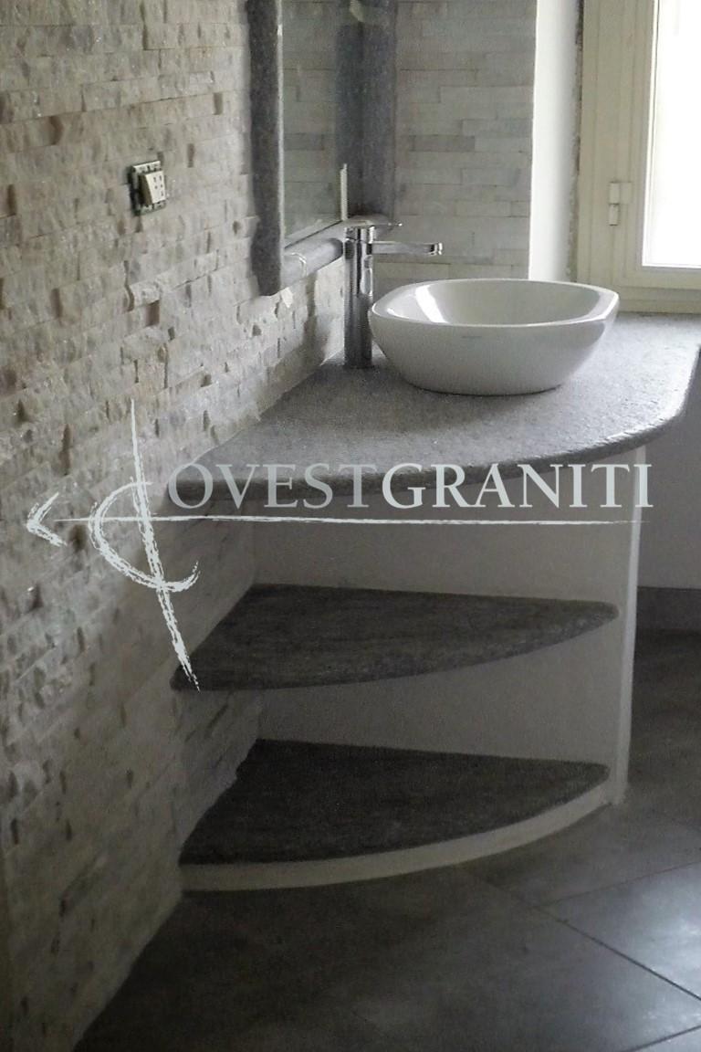 Ovest graniti piano fiammato bagni in pietra di luserna - Rivestimento muro interno ...