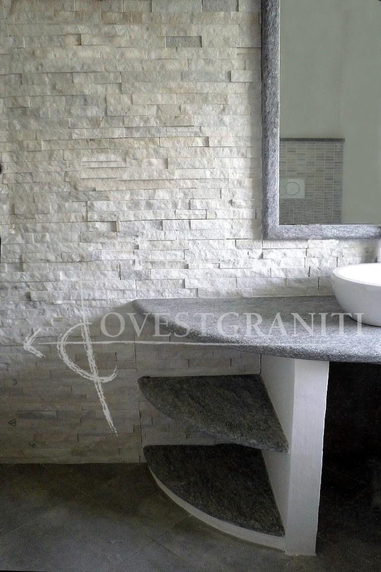 Ovest graniti piano fiammato bagni in pietra di luserna - Bagno in pietra ...
